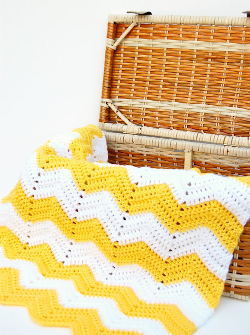 Chevron Yellow and White Crochet Blanket