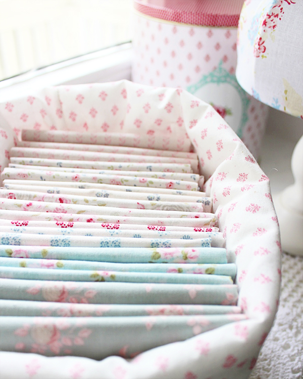 organised-fabric-in-tilda-basket